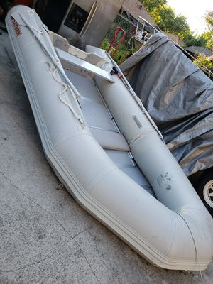 Saturn inflatable boat with trailer and tohatsu 9.8 four stroke for Sale in undefined
