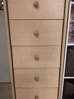 Dresser for Sale in Lake Oswego,  OR