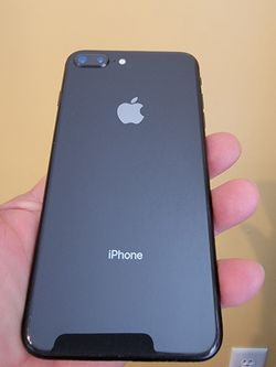 iPhone 8 Plus 64g for Sale in West Bountiful,  UT