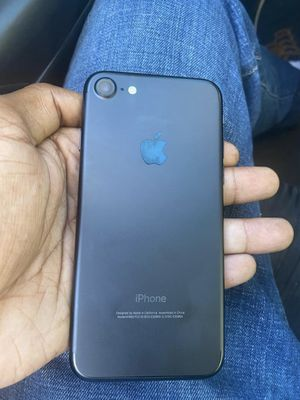 iPhone 8 for Sale in Valdosta, GA
