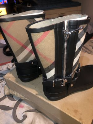 Burberry Biker rain boots size 4 ( 35 Euro) kids for Sale in Bowie, MD