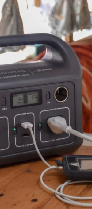 Honda portable power pack charger for Sale in Modesto, CA