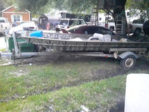 15tt flat bottom boat with trailer for Sale in Humble, TX