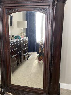 Antique Wardrobe for Sale in Gainesville,  VA