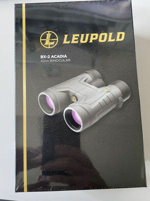 Leupold bx2 Acadia 10x42 binoculars new in sealed package for Sale in Issaquah, WA