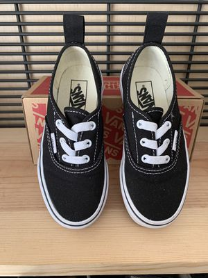VANS AUTHENTIC ELASTIC KIDS SIZE 12 Black and White for Sale in Fontana, CA