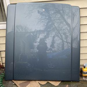 Silverado/GMC Cover Short Bed Cover for Sale in Tukwila, WA