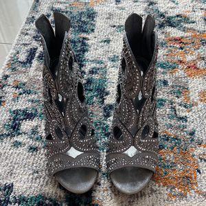 Women's Heels- Gianni Bini. Size 8.5 for Sale in Miami, FL