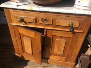 Antique cabinet for Sale in Manhattan Beach, CA