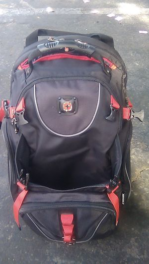 Swiss Wenger backpack new. Comfortable. Soac for Sale in Anaheim, CA