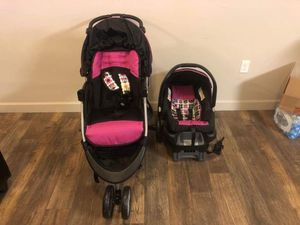 Car seat & Stroller for Sale in West Valley City, UT