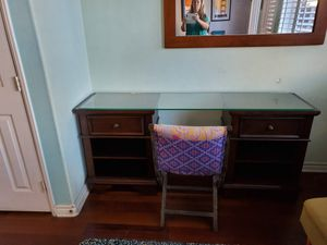 Night stands small dressers or desk with glass shelf for Sale in Carlsbad, CA