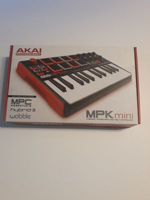 AKAI MPK mini keyboard pad controller for Sale in Riverside, CA
