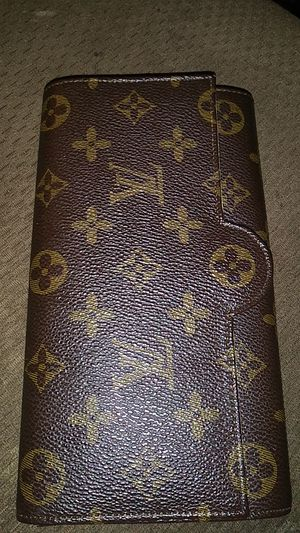 Louis Vuitton real Paris wallet for Sale in Sacramento, CA