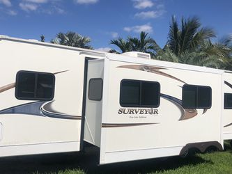 SURVEYOR 2011 for Sale in Homestead,  FL