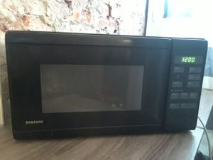 Samsung Microwave Oven for Sale in Philadelphia, PA