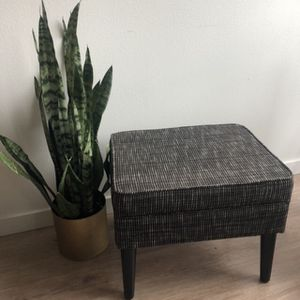 Modern Storage Ottoman for Sale in Redmond, WA