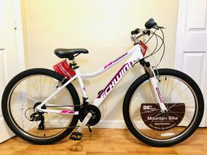 "Bike - Women's Bike Men's Bike 26"" Schwinn Mountain Bicycle for Sale in Miami Gardens, FL"