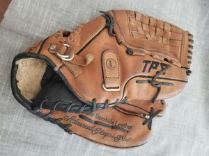"12.75"" Louisville baseball softball glove broken in for Sale in Norwalk, CA"