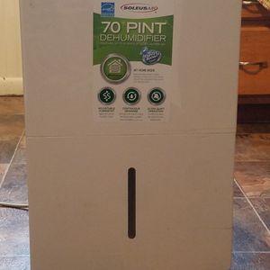 Soleus Air Dehumidifier (70 Pints) for Sale in Delavan, IL