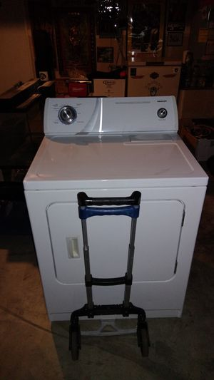 I pick up broken down top loader washers and dryers at no charge. for Sale in Dinuba, CA