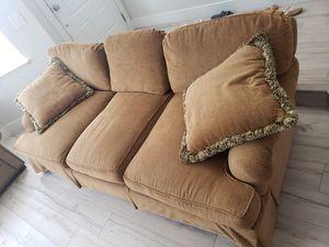 Sofa for Sale in Sacramento, CA
