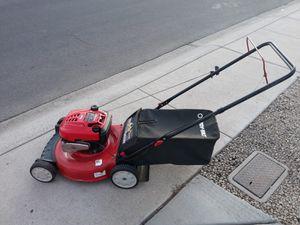 """Troy Bilt Lawn Mower. 6.74hp. 21"""" cut. 190cc. for Sale in Phoenix, AZ"""