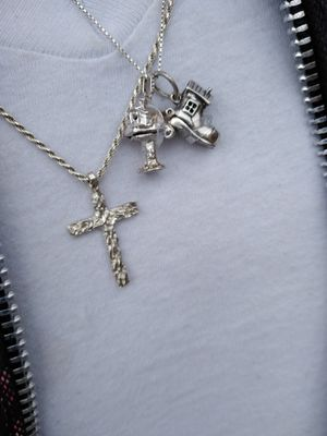 Silver necklace with two Pendants for Sale in Mountlake Terrace, WA