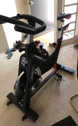 Life fitness | IC2 indoor cycle, black for Sale in San Diego, CA