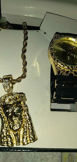 King jesus christ chain and charm for sale hmu for Sale in Milwaukee, WI