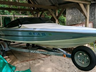 Ebtide Dynatrax. With Mercury 115 Motor for Sale in Norwood,  MA