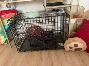 30x20 metal dog crate for Sale in Los Angeles, CA