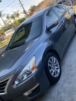 2014 Nissan Altima for Sale in Pomona,  CA