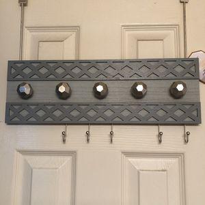 Over the door hanger missing 3 hooks for Sale in San Diego, CA