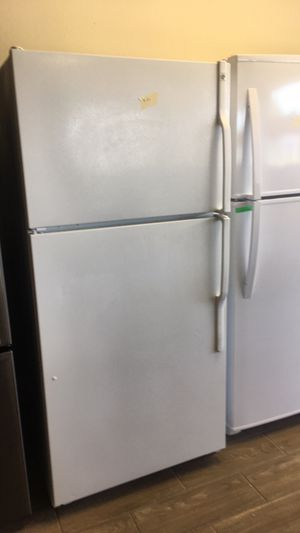 3pcs White Ge kitchen Appliances Fridge, Range and dishwasher with 1 year warranty free delivery and hook up for Sale in Port Richey, FL