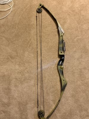 """Amo compound bow string length 37"""" for Sale in Fairmont, WV"""