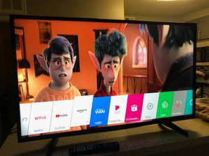 LG smart TV 43 inches for Sale in Las Vegas, NV