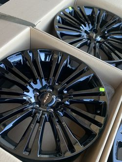 """Factory 20"""" SRT Challenger Charger Chrysler 300 Magnum Wheels Rims for Sale in Compton,  CA"""