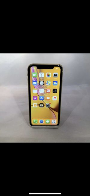 iPhone XR yellow factory unlocked 64GB for Sale in Allentown, PA