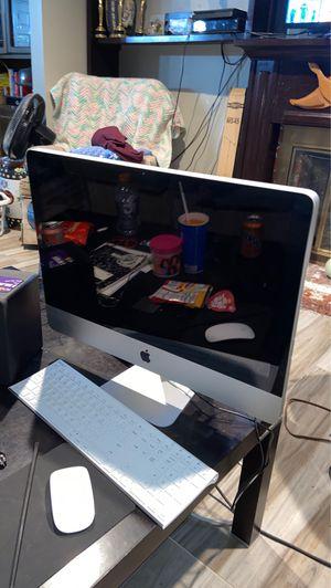 Mac computer for Sale in Pomona, CA