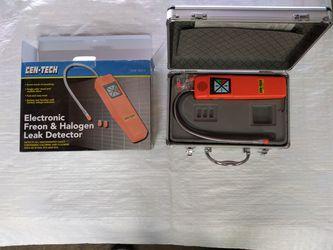 Electronic freon /halogen leak detector for Sale in Schiller Park,  IL