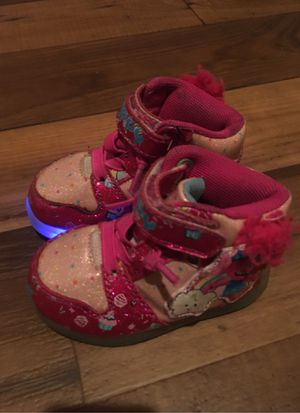 Light up trolls toddler shoes size 5 for Sale in Mesa, AZ