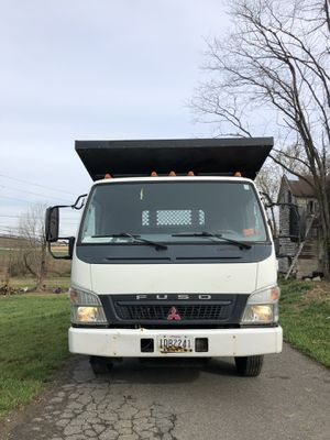 Mitsubishi fuso 2005 for Sale in Germantown, MD