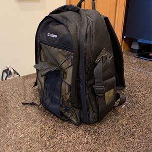 Canon Camera Bag for Sale in West Caldwell, NJ