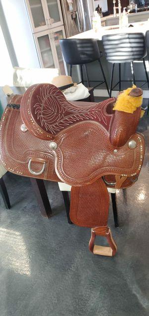 Saddle for Sale in Phoenix, AZ