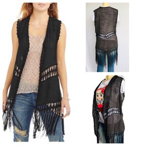 CROCHET VEST WITH FRINGE ONE SIZE for Sale in Los Angeles, CA