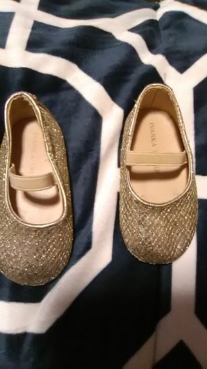 Baby shoes Ivanka Trump size 3 for Sale in Santa Ana, CA