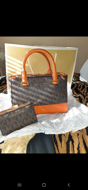 Small Michael Kors Purse and Wallet **brand new** for Sale in Indianapolis, IN