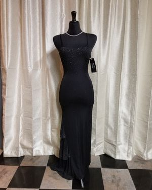 PROM, WEDDING, PARTY, SPECIAL OCCASION BLACK DRESS for Sale in Palmdale, CA