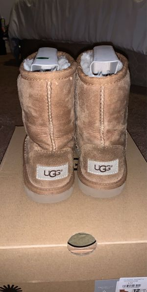 Girls Ugg boots for Sale in Ceres, CA